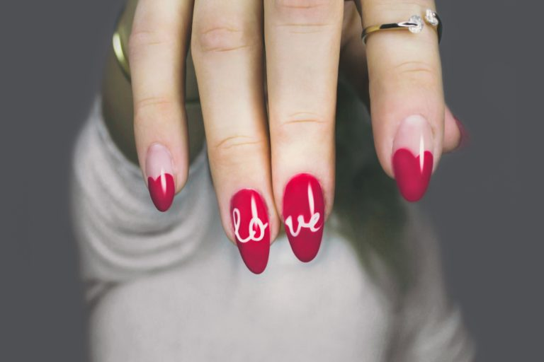 rood love nails