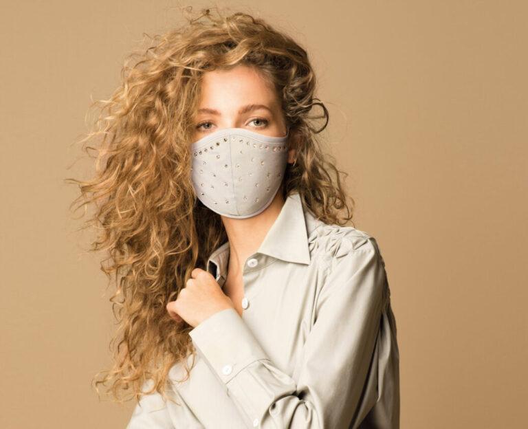 Mondmasker met antibacteriële laag